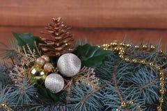 Composición de la Navidad con las ramificaciones del abeto Foto de archivo libre de regalías