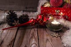 Composición de la Navidad en fondo de madera Fotografía de archivo
