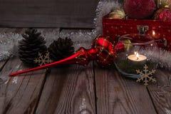 Composición de la Navidad en fondo de madera Foto de archivo libre de regalías