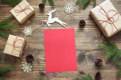 Composición de la Navidad Vacie la letra en blanco para Papá Noel o sus actividades del wishlist o del advenimiento Espacio de la Fotos de archivo