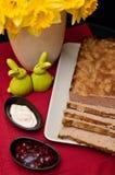 Composición de los alimentos de la coronilla de Pascua Foto de archivo libre de regalías