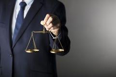 Composición de los símbolos de la ley y de la justicia Fotografía de archivo
