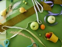 Composición decorativa de frutas, decoración, verdes del otoño Fotografía de archivo