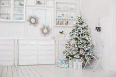 Composición decorativa de la Navidad Decoración por Año Nuevo Imágenes de archivo libres de regalías