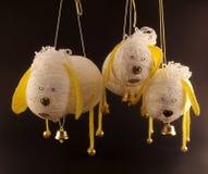 Composición del Año Nuevo con las ovejas hechas a mano Foto de archivo