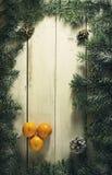 Composición del Año Nuevo de la Navidad con las mandarinas Visión superior Foto de archivo libre de regalías