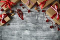 Composición del Año Nuevo de los diversos ornamentos Imagenes de archivo