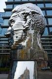 Composición escultural Franz Kafka Head, Praga, República Checa fotos de archivo