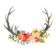 Composición floral con los cuernos Foto de archivo libre de regalías