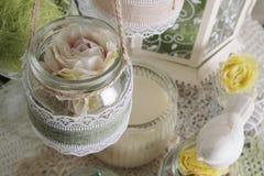 Composición hermosa con las flores para el interior Foto de archivo libre de regalías