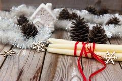 Composición hermosa de la Navidad en fondo de madera Fotografía de archivo libre de regalías