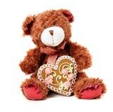 Composición para el día de tarjeta del día de San Valentín con un oso de peluche Foto de archivo