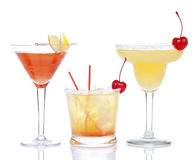 Composición roja amarilla de los cócteles de martini del margarita del alcohol Imagen de archivo