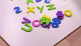 Composici?n colorida de las letras - concepto de estudiar y de aprender ABC XYZ metrajes