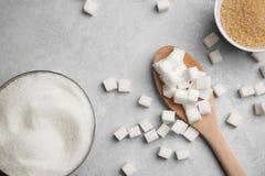 Composition avec de divers genres de sucre photographie stock