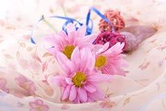 Composition avec des fleurs. Image libre de droits