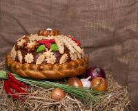 Composition avec le pain admirablement décoré Photographie stock