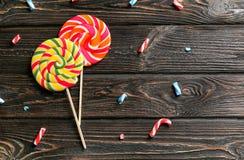 Composition avec les lucettes colorées savoureuses Image stock