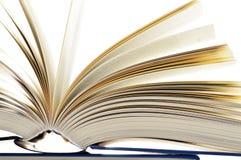 Composition avec livres reliés d'isolement sur le blanc Image libre de droits