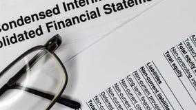 Composition d'affaires Analyse financi?re - rapport des revenus de r?sultats banque de vidéos