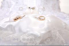 Composition de boucles de mariage Image libre de droits