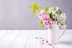 Composition de fête en fleur Photo stock