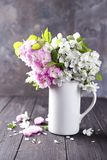 Composition de fête en fleur Images libres de droits