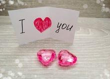 Composition de jour du ` s de Valentine de carte de voeux et de coeurs Image libre de droits