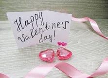 Composition de jour du ` s de Valentine de carte de voeux et de coeurs Photographie stock libre de droits