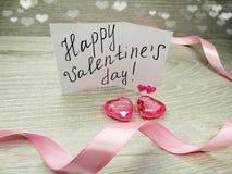 Composition de jour du ` s de Valentine de carte de voeux et de coeurs Image stock