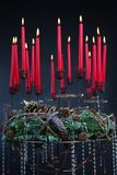 Composition de Noël avec des bougies Photographie stock libre de droits