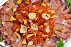 Composition de viande et de fromage coupés en tranches Image libre de droits