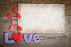 Composition en amour de Word avec le coeur brisé Images stock