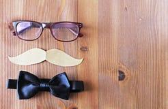 Composition en jour de pères de composition en jour de pères sur le fond en bois Photos stock