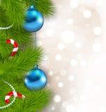 Composition en Noël avec des branches de sapin, des boules en verre et c doux Photographie stock libre de droits