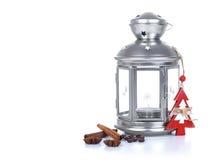 Composition en Noël avec la lanterne décorative grise de bidon, d'isolement sur le blanc Image stock