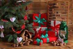 Composition en Noël parfaitement adaptée pour envoyer un ami et pour les rendre heureux Photo libre de droits