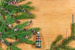 Composition 2017 en nouvelle année avec des branches de sapin Photo stock