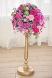 Composition en table de mariage avec les fleurs roses Photos stock