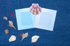 Composition et espace en mer pour le texte Thème romantique d'amour sur des jeans Photos libres de droits