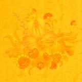 Composition florale sur le fond jaune du vieux papier Photos libres de droits