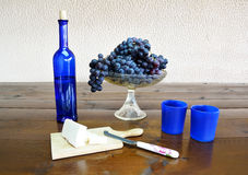 Composition with grapes and cheese Royalty Free Stock Photos