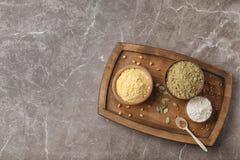 Composizione con differenti tipi di farine Immagine Stock