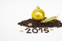 Composizione con i chicchi di caffè, 2015 in Natale Immagine Stock