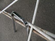Composizione con i tubi del ferro fotografie stock libere da diritti