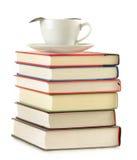 Composizione con la pila di libri e di caffè Fotografie Stock Libere da Diritti
