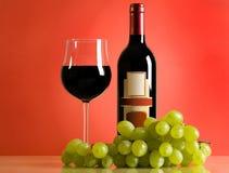 Composizione con vino e l'uva Fotografie Stock Libere da Diritti