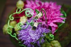 Composizione dei fiori come elemento della decorazione di nozze Fotografie Stock
