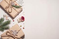 Composizione in natale Regali di Natale, Natale fotografie stock libere da diritti