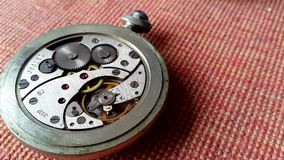 Composizione nella priorità bassa dell'orologio mechanism archivi video